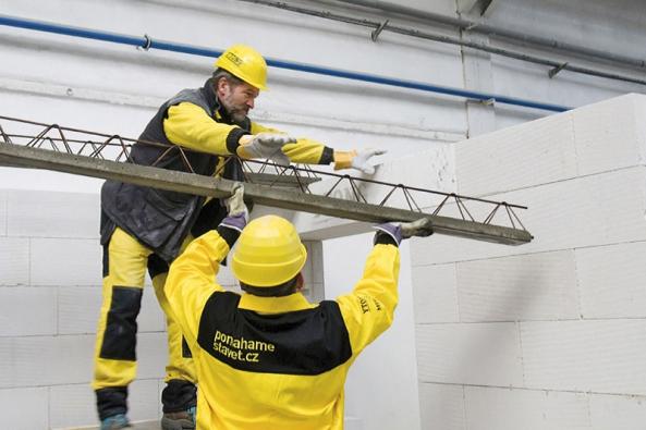 Variabilní stropní konstrukce znosníků (beton svýztuží) astropních vložek zpórobetonu (Xella).