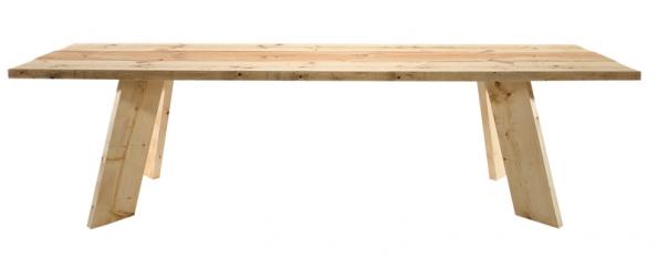Masivní stůl zborového dřeva Feldmark (Magazin) sestavený ze  6 fošen, 275 x 72 x 74 cm, cena  24426 Kč, www.magazin.com.