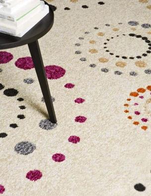 Kusový koberec Casino Royal, 100 % polypropylen, výška vlasu 10,5 mm, rozměr 160 x 230 cm, cena od 2196 Kč,  www.koberce-breno.cz.