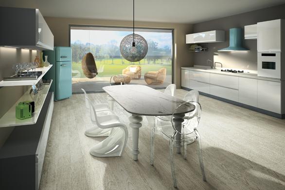 Model Sweet Azur, ocenění Product Design Award, několik barevných provední, výkon 250–500 m3/h, cena 16990 Kč.