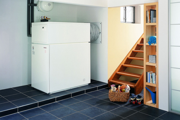 Tepelná čerpadla vzduch/voda WPL 10-33  jsou určena pro domy sobytnou plochou až do270 m2 při využití vestavěného elektrokotle 8,8 kW (STIEBEL ELTRON).