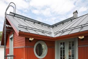 Bezpečně na střechu i zpět
