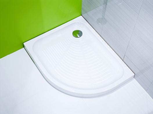 Sprchový kout Jika Tigo  (80 x 100cm) lze vybavit bílou keramickou vaničkou  sprotiskluzovým dnem za 4316Kč, jika.cz.
