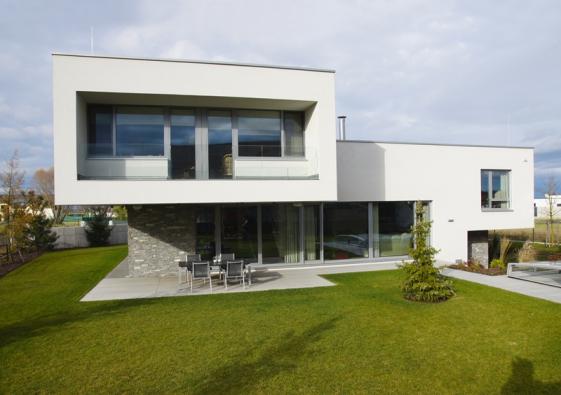 1. místo získal rodinný dům se soutěžním kódem I05, autor návrhu Ing.arch. Jaroslav Kačer, dodavatel DSK Praha, s. r. o.