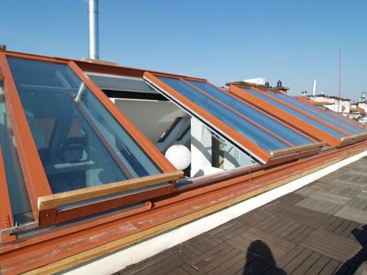 Střecha jako kabriolet s posuvným střešním prosklením Solara PERSPEKTIV – chytré a promyšlené řešení.
