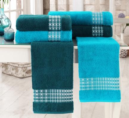 Luxusní ručníky BRIANA zakoupíte ve třech rozměrech už od 330,- Kč.