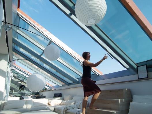 Solara PERSPEKTIV umožňuje pohodlný výstup na střešní terasu.