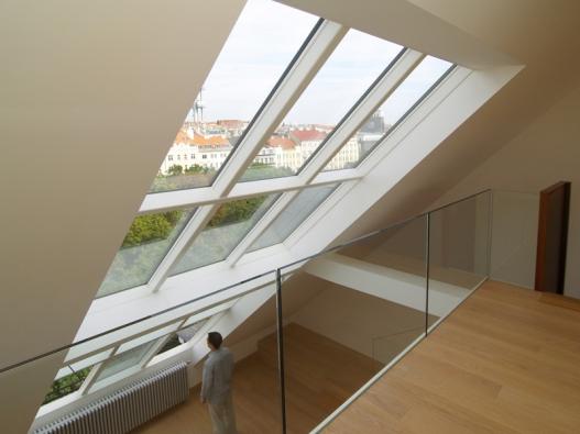 Střešní prosklení Solara VARIATIK plánujeme na míru dle přání stavitele a dispozic stavby.
