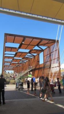 Brazilský pavilon - trampolína