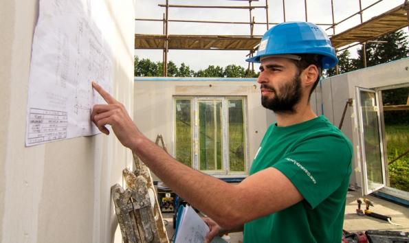 Kontrola projektové dokumentace na stavbě.