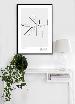 Naordinujte svým stěnám léčebnou skandinávskou kůru v podobně graficky zpracovaného plánku berlínského metra!