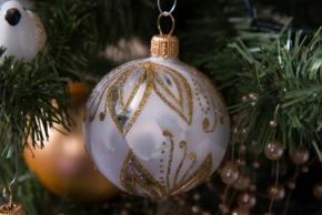 Jak vzniká skleněná vánoční ozdoba?