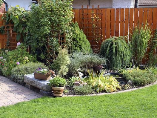Designérkou zahrady je paní Lišková.
