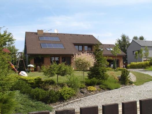 Další dobrý příklad souladu mezi domem a zahradou.