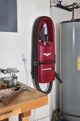 Garage Vac nahradí centrální vysavač tam, kde už není jeho instalace možná, např. vbytě, nachatě, vdílně, garáži, šatně. Hadice se natáhne až na12m.