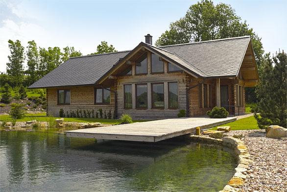 Domy postavené zdřevěných prvků mají spoustu reálných podob.