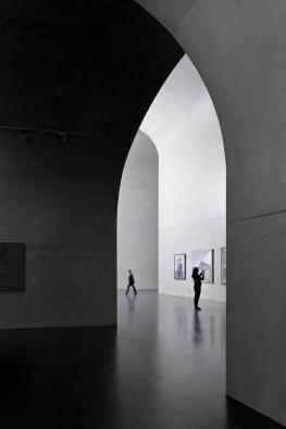 Vítěz v kategorii Interiéry. (Su Shengliang / Atelier Deshaus: Long Museum West Bund, Šanghaj, Čína)