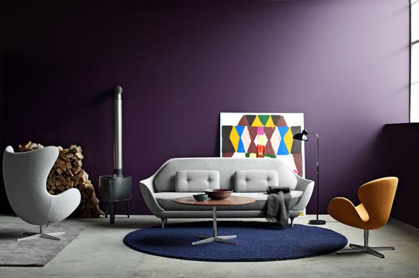 Zatímco bruselský styl padesátých let vychází z funkcionalismu, pro který jsou typické jednoduché tvary a kombinace kovu, dřeva a skla, léta šedesátá charakterizují symetrické kompozice, ledvinové linie a výrazné barevné odstíny.