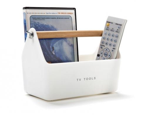 Plastový stojánek naDVD adálkové ovladače  TV Tools (Monkey Business), bílý sdřevěným madlem upevněným kovovými maticemi, www.naoko.cz