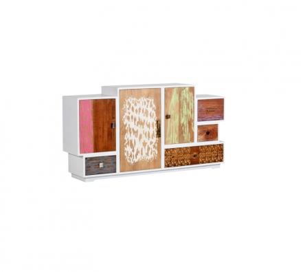 Komoda Hippy zmasivního mindi dřeva, ručně malovaná dvířka, bíle lakovaná avoskovaná, kovové úchyty, 85 x 160 x 35cm, www.abcnabytek.cz