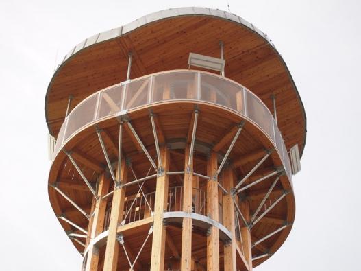 Rozhledna na Senecké hoře u Pavlíkova - detaily