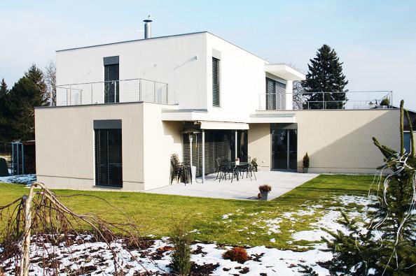 1: Tyto domy nesou pečeť svrchovaného architektonického úsilí o kvalitní výsledek. Jsem přesvědčen, že jejich investoři nákladů na dobrý projekt nelitují, říká architekt Jan Rampich.