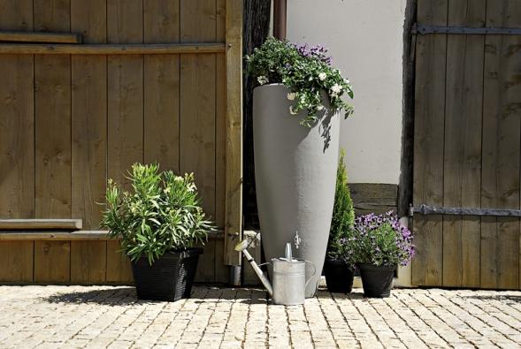 Moderní venkovní nádrže mohou být stylové a designově pojaté (NICOLL).