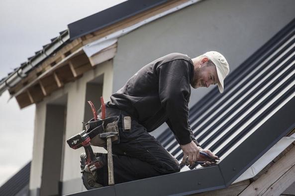 Střechu a její komponenty volte nejlépe od jednoho výrobce, omezíte tak problémy z nefunkční kombinace.