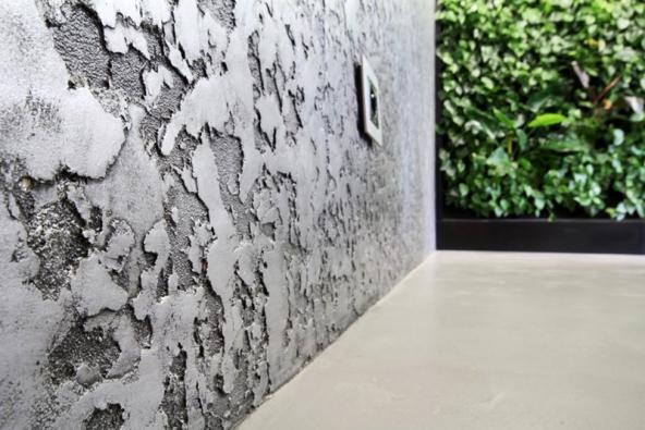 Hlazená omítka Granite splastickou strukturou, vneutrálních odstínech vzhled kamene, smetalickým efektem vzhled olova či mědi, www.luxusnipovrchy.cz