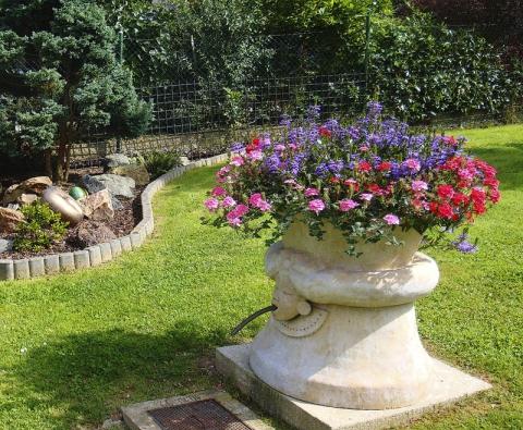 Vodní fontána, která může změnit způsob používání aovlivňovat náladu vzahradě.