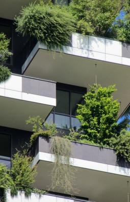 Porta Nuova, Miláno: Vertikální les - detail balkonů
