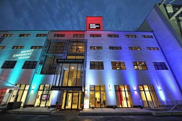Brand Experience Center – první zážitkové centrum věnované výhradně domácím spotřebičům značek Bosch, Siemens a Gaggenau se otevírá na Praze 5.