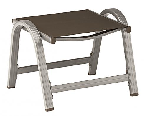 Velmi lehká aextrémně stabilní stolička znové řady zahradního nábytku Galien je díky pohodlné aodolné textilii zcela bezúdržbová (KETTLER)