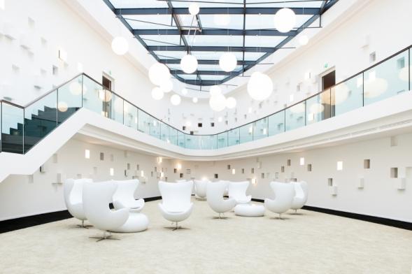 1. cena v kategorii Vzdělávání, zdravotnictví a pohostinství – Hotel Schloss Montabaur, Německo