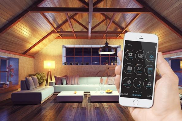 Společnost ELKO EP přichází s chytrým řešením pro všechny majitele chalup, chat či venkovských objektů. Nová zařízení systému iNELS RF Control dokážou nejen vzdáleně zavlažovat, větrat, kontrolovat teplotu, ale také chránit stavbu před nezvanou návštěvou. A to, ať už máte, nebo nemáte, na chalupě internet.