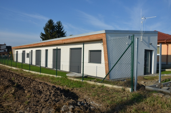 Také na malém pozemku se dá postavit netradiční dům (Stavimepasiv.cz)