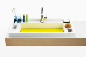 Koupelnový set BathGallery nepořádku dává řád. Umyvadlo, vana a doplňky vytvářejí minimalistickou harmonii, ve které má každý z výrobků své místo, a dohromady tvoří vždy vysoce estetickou kompozici.