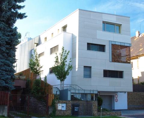 Pasivní bytový dům Vila pod Altánem, Praha-Strašnice (VAPIS)