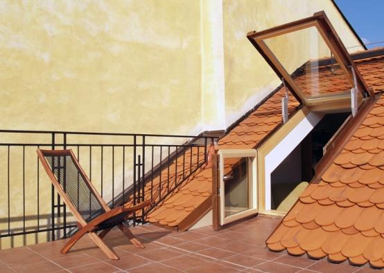 I s komplikovaným tvarem střechy si poradí střešní výstup Solara DOR.