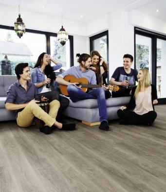 Vinylová podlaha Wineo, kolekce 600 wood, dekor Aurelia Grey (kpp.cz)