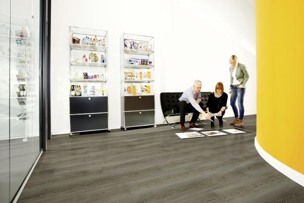 Vinylová podlaha Wineo, kolekce 600 wood XL, dekor Scandic Grey (kpp.cz)