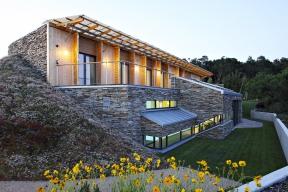 Práce mě stále těší, každá tvorba má pochopitelně isvá úskalí, ale vtom je její zajímavost, říká architekt Jan Línek.