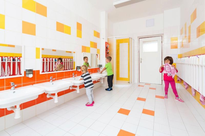 RAKO a RAVAK ve školách a školkách: Musíme si pomáhat.