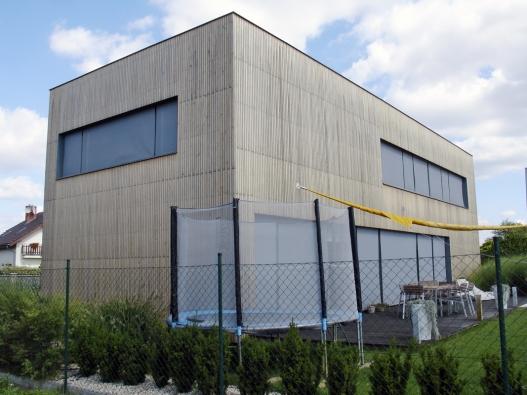 Fasády sco nejširšími průběžnými pásovými okny bývají působivé. Le Corbusier to věděl. (3)