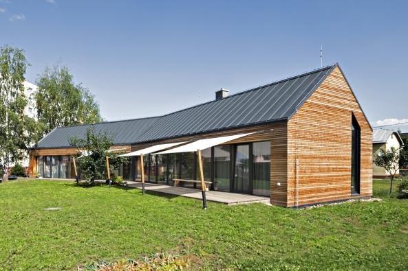Vkoncepci návrhu domu hrály významnou roli energetická úspornost audržitelnost.