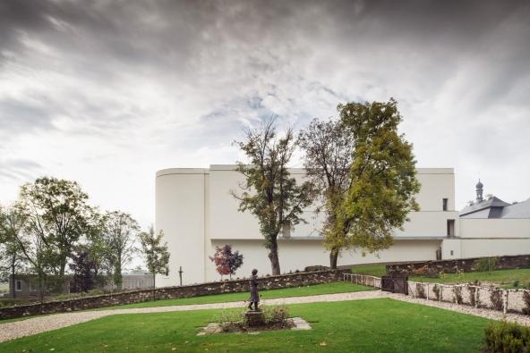 Česká cena za architekturu 2016: Klášter Nový Dvůr (ATELIER SOUKUP OPL ŠVEHLA, 2014)