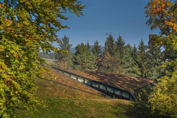 Česká cena za architekturu 2016: Krkonošské centrum environmentálního vzdělávání ve Vrchlabí (Petr Hájek Architekti, 2014)