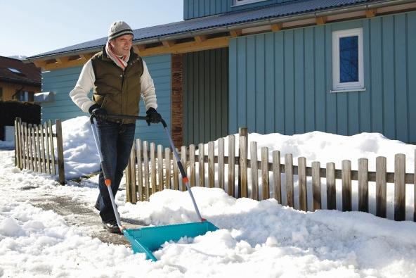 7. Shrnovač sněhu, výrobce: Gardena, www.gardena.cz