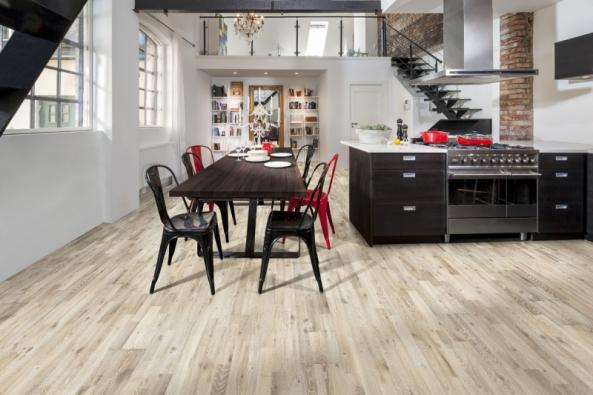 Dřevěná podlaha Kährs, kolekce Götaland, dekor Dub Kilesand (Zdroj: www.kpp.cz)