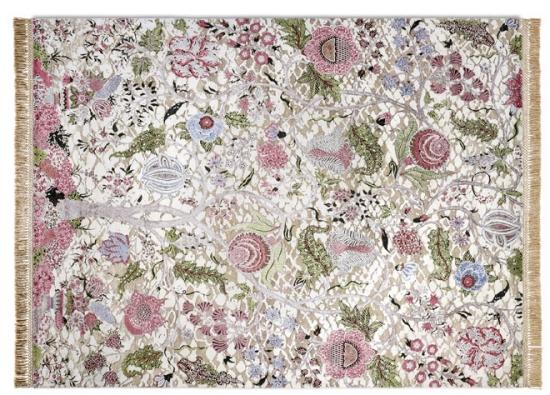 Tenderess je kolekce klasických perských koberců tkaných vRádžastánu z85% hedvábí. Model Riz vyniká nádhernou kombinací jemných barev (Rug Star)